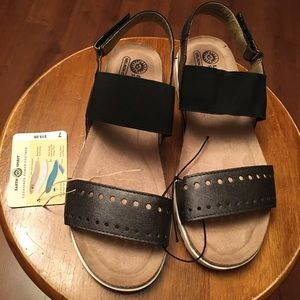 EARTH SPIRIT SANDALS